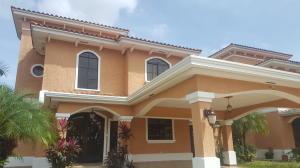 Casa En Alquileren Panama, Clayton, Panama, PA RAH: 18-4697