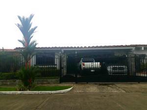 Casa En Ventaen Panama, Chanis, Panama, PA RAH: 18-4699