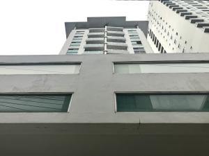 Apartamento En Ventaen Panama, Parque Lefevre, Panama, PA RAH: 18-4720