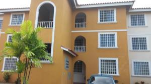 Apartamento En Alquileren San Miguelito, Jose D, Panama, PA RAH: 18-4757