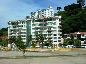 Apartamento En Alquileren Panama, Amador, Panama, PA RAH: 18-4777