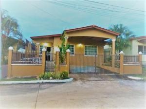 Casa En Ventaen San Miguelito, Brisas Del Golf, Panama, PA RAH: 18-4821