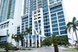 Apartamento En Ventaen Panama, Costa Del Este, Panama, PA RAH: 18-4833