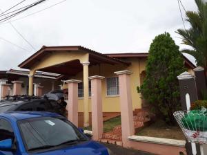 Casa En Ventaen Panama, Brisas Del Golf, Panama, PA RAH: 18-4732