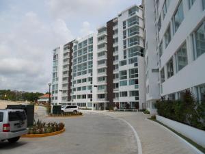 Apartamento En Ventaen Panama, Albrook, Panama, PA RAH: 18-2443