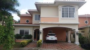 Casa En Alquileren Panama, Juan Diaz, Panama, PA RAH: 18-4986