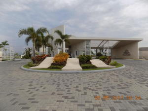 Apartamento En Alquileren Panama, Punta Pacifica, Panama, PA RAH: 18-4995