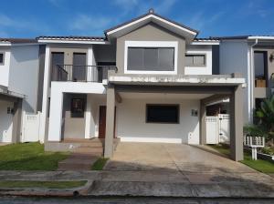 Casa En Alquileren Panama, Brisas Del Golf, Panama, PA RAH: 18-5111