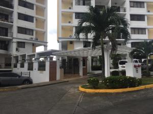 Apartamento En Ventaen Panama, Hato Pintado, Panama, PA RAH: 18-5264