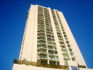 Apartamento En Alquileren Panama, San Francisco, Panama, PA RAH: 18-5306