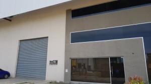 Galera En Ventaen Panama, Tocumen, Panama, PA RAH: 18-5325