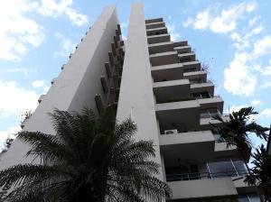 Apartamento En Alquileren Panama, El Cangrejo, Panama, PA RAH: 18-5363