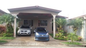 Casa En Ventaen San Miguelito, Brisas Del Golf, Panama, PA RAH: 18-5431