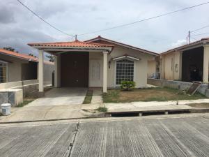 Casa En Alquileren Panama, Las Cumbres, Panama, PA RAH: 18-5459