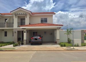Casa En Alquileren Panama, Versalles, Panama, PA RAH: 18-5502