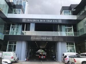 Local Comercial En Alquileren Panama, Avenida Balboa, Panama, PA RAH: 18-5579