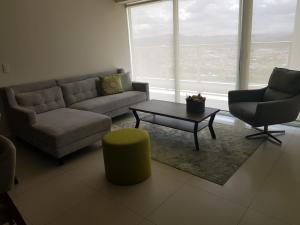 Apartamento En Alquileren Panama, Costa Del Este, Panama, PA RAH: 18-5594