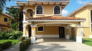 Casa En Alquileren Panama, Clayton, Panama, PA RAH: 18-5656