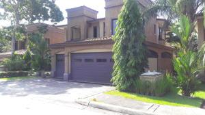 Casa En Alquileren Panama, Clayton, Panama, PA RAH: 18-5792