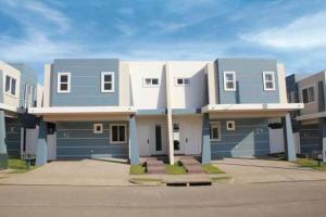 Casa En Ventaen San Miguelito, Brisas Del Golf, Panama, PA RAH: 18-5816