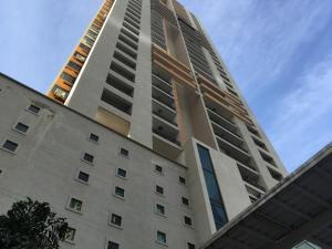 Apartamento En Alquileren Panama, San Francisco, Panama, PA RAH: 18-5966