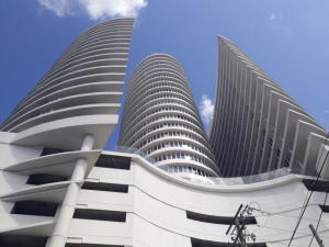 Apartamento En Alquileren Panama, Avenida Balboa, Panama, PA RAH: 18-6195