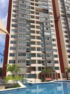 Apartamento En Alquileren Panama, San Francisco, Panama, PA RAH: 18-6225