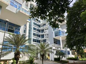 Apartamento En Alquileren Panama, Amador, Panama, PA RAH: 18-6435