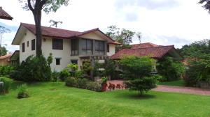 Casa En Ventaen Panama, Clayton, Panama, PA RAH: 18-6340