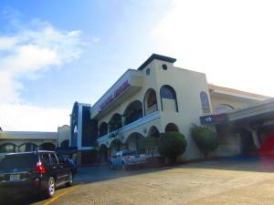 Local Comercial En Alquileren Panama, Albrook, Panama, PA RAH: 18-6523