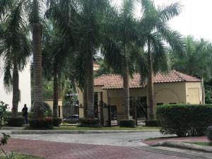 Apartamento En Alquileren Panama, Albrook, Panama, PA RAH: 18-6553
