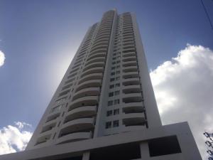 Apartamento En Alquileren Panama, San Francisco, Panama, PA RAH: 18-6584