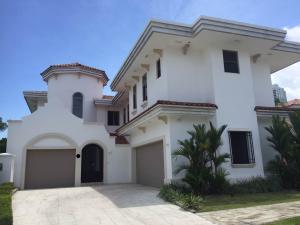 Casa En Alquileren Panama, Santa Maria, Panama, PA RAH: 18-6597