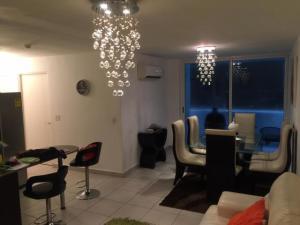 Apartamento En Ventaen Panama, Condado Del Rey, Panama, PA RAH: 18-6611