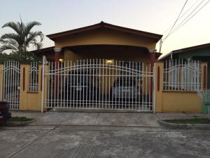 Casa En Ventaen Panama, Brisas Del Golf, Panama, PA RAH: 18-6665