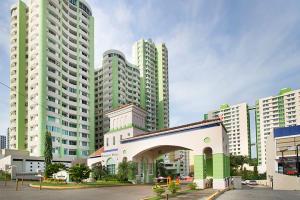 Apartamento En Alquileren Panama, Condado Del Rey, Panama, PA RAH: 18-6674