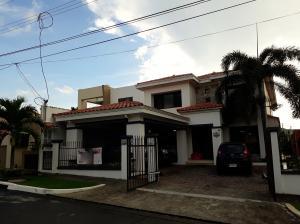 Casa En Ventaen Panama, Altos De Panama, Panama, PA RAH: 18-6711