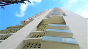 Apartamento En Ventaen Panama, Avenida Balboa, Panama, PA RAH: 18-6800