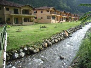 Townhouse En Ventaen Boquete, Boquete, Panama, PA RAH: 18-6864