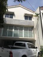 Casa En Ventaen Panama, Obarrio, Panama, PA RAH: 18-6891