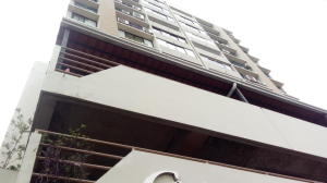 Apartamento En Alquileren Panama, San Francisco, Panama, PA RAH: 18-6945