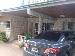 Casa En Ventaen Panama, Carrasquilla, Panama, PA RAH: 18-6948