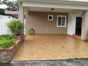 Casa En Alquileren Panama, Brisas Del Golf, Panama, PA RAH: 18-6949