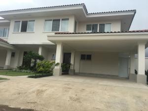 Casa En Alquileren Panama, Santa Maria, Panama, PA RAH: 18-7143