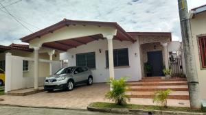 Casa En Alquileren Panama, Brisas Del Golf, Panama, PA RAH: 18-7203