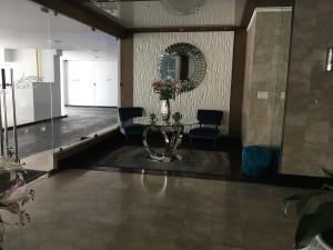 Apartamento En Alquileren Panama, Obarrio, Panama, PA RAH: 18-7223