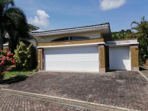 Casa En Ventaen Panama, Howard, Panama, PA RAH: 18-7275