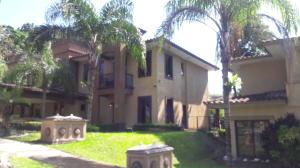 Apartamento En Alquileren Panama, Clayton, Panama, PA RAH: 18-7377