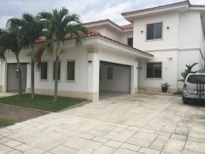 Casa En Alquileren Panama, Santa Maria, Panama, PA RAH: 18-7534