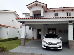 Casa En Alquileren Panama, Versalles, Panama, PA RAH: 18-7690